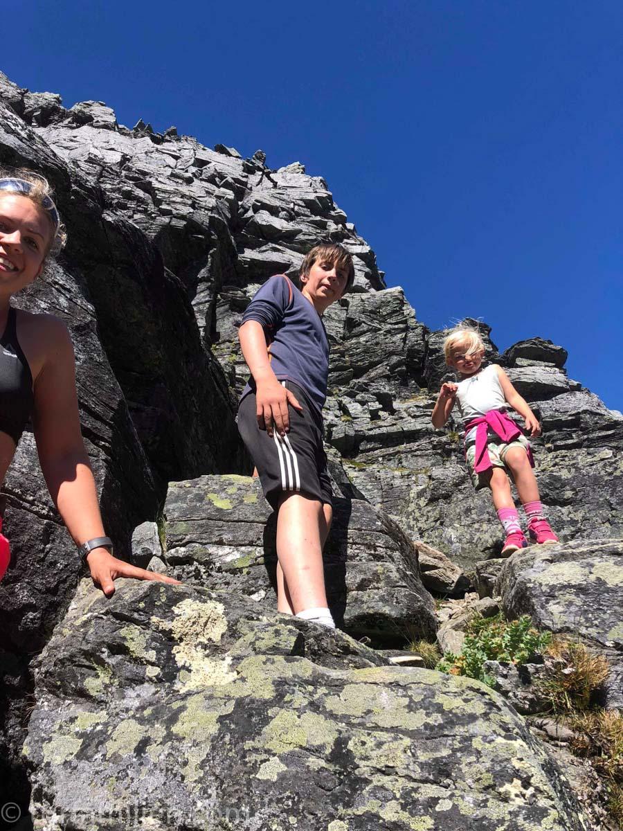 Den bratte klyvingen opp til Innerdalstårnet