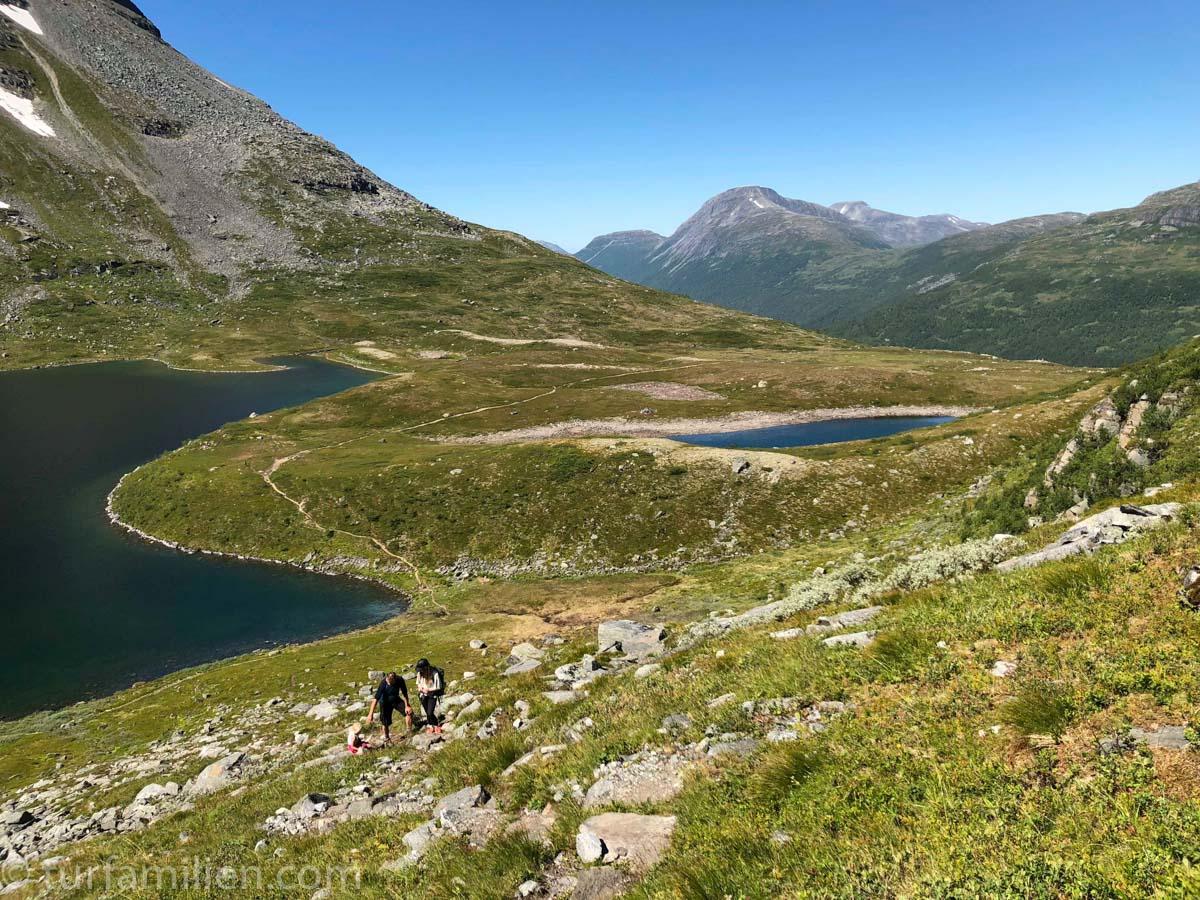 Oppover stien fra Giklingdalen