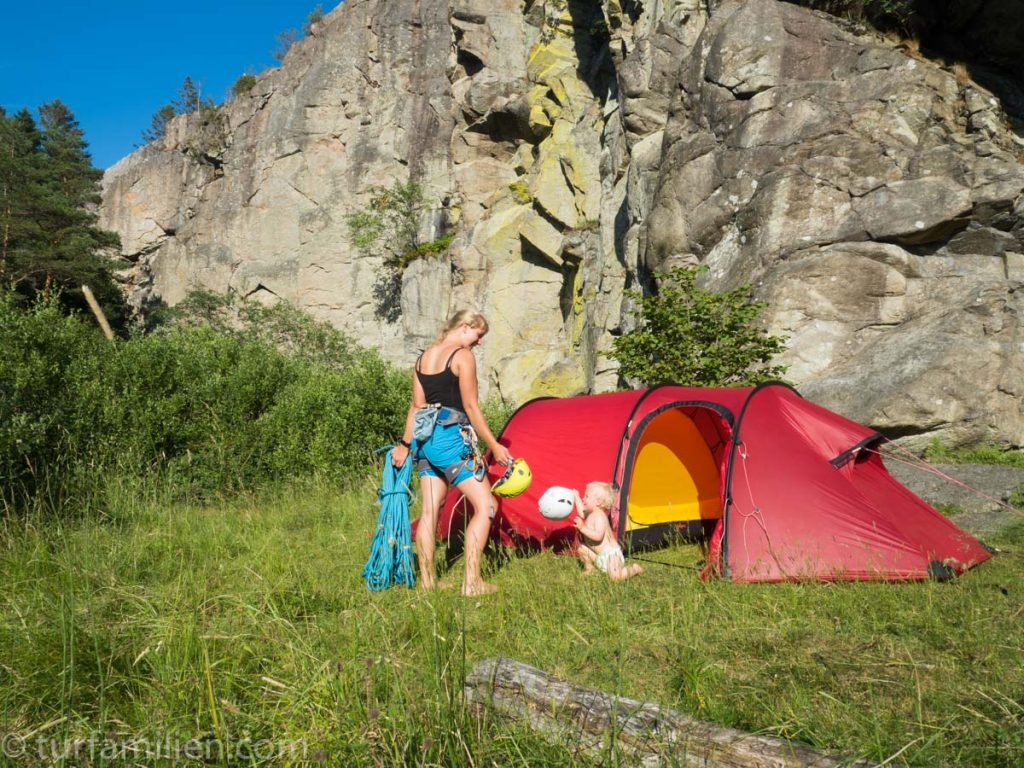 teltplass ved klatrefeltet