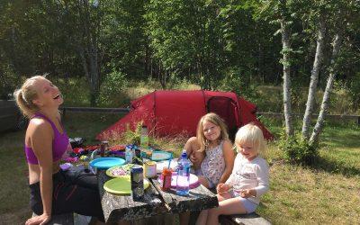 Vi prøver campinglivet i Sverige